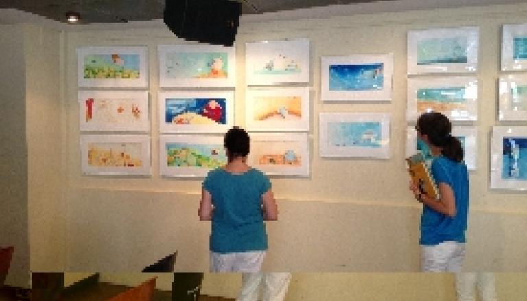 L'exposició d'originals de Montse Gisbert a Fnac-València