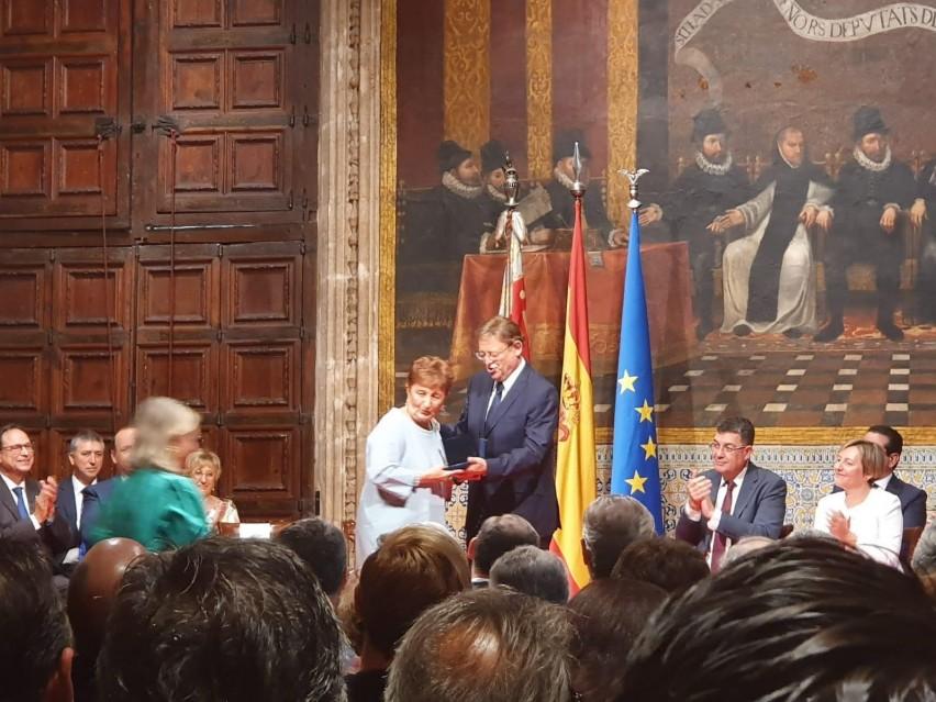 Rosa Serrano recibe la Alta Distinción de la Generalitat